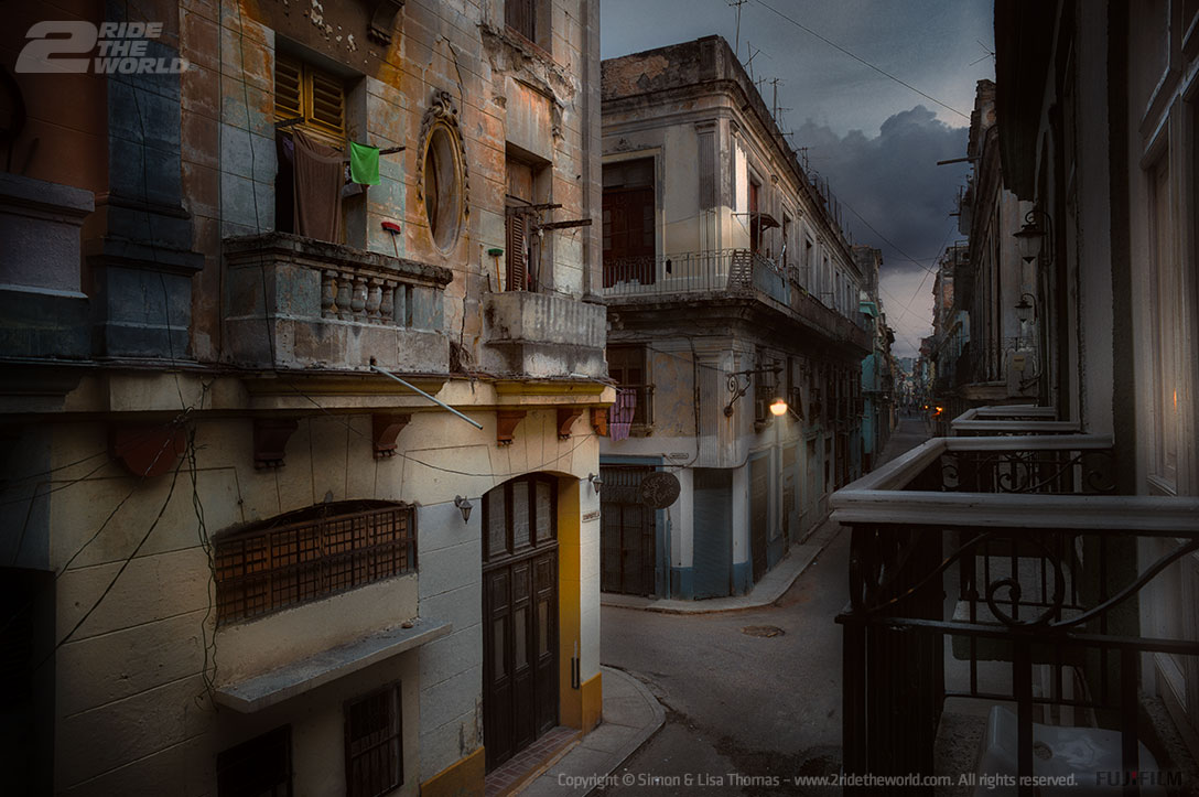 havana streets before sunrise